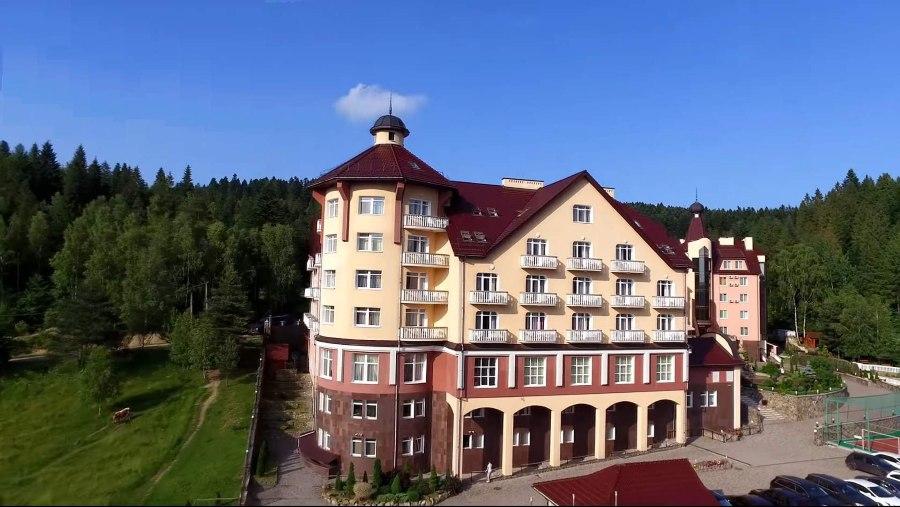 Отель «Три Сына и Дочь» — 4 звезды